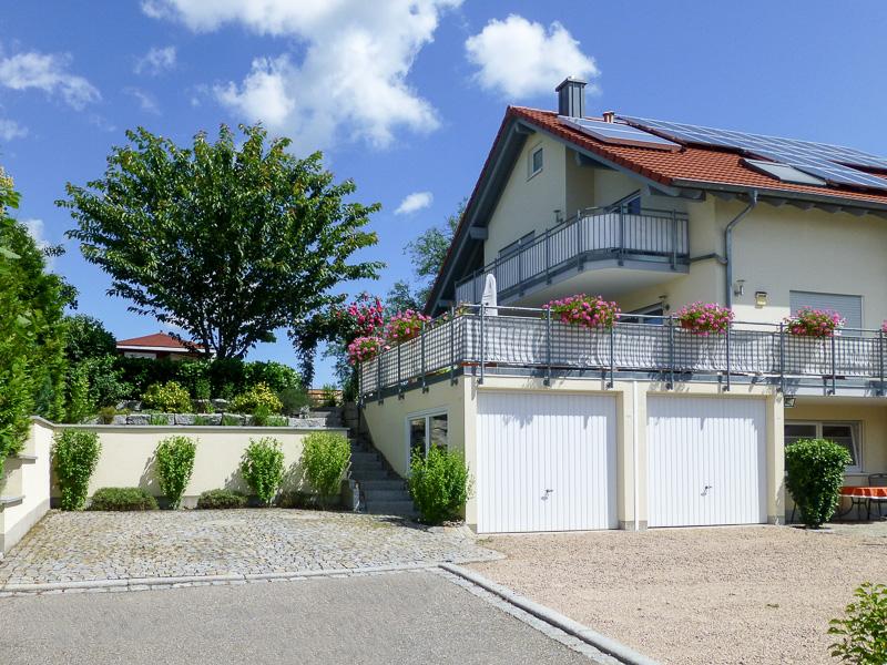 Zufahrt zur Ferienwohnung REBLAND in Müllheim-Vögisheim