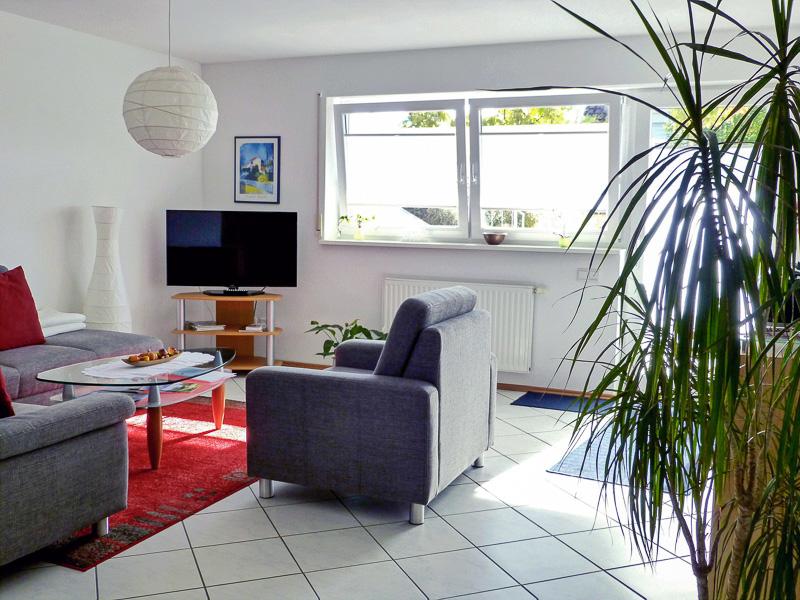 Wohnzimmer der Ferienwohnung REBLAND in Müllheim-Vögisheim